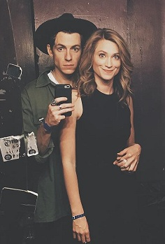 Ellissa Barber with her boyfriend Andy Tongren - Famebytes.com